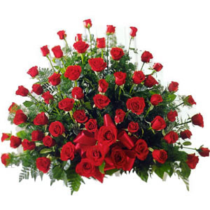Send 100 Roses on Fathers Day to Pakistan