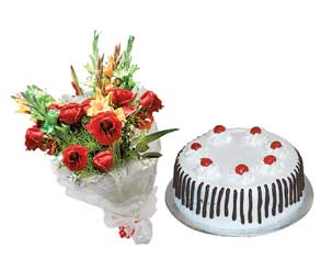Send Cake and Flowers on Combo  to Pakistan