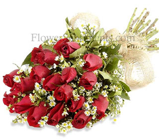 Long Stem Imported Red Roses Bouquet