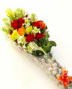 Send Perfect Roses to Lahore on Flowers to Pakistan
