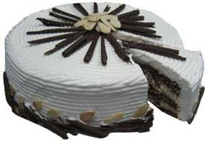 Send Special Almond Cake 4 LB on Cakes to Pakistan